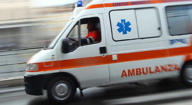 Tragedia la notte di capodanno a Palermo: uomo morto travolto da un'auto