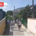 Trabia, l'animalista Enrico Rizzi porta la protesta al rifugio 'Agada' – VIDEO