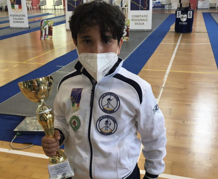 Scherma: il giovane atleta termitano Giuseppe Immesi conquista il terzo posto