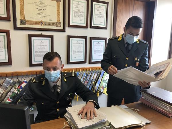 Centro estetico abusivo in provincia di Palermo: denunciata la titolare con reddito di cittadinanza