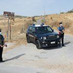 """Smaltimento rifiuti """"fai da te"""" in provincia di Palermo: arrestato mentre incendiava un cumulo di plastica"""